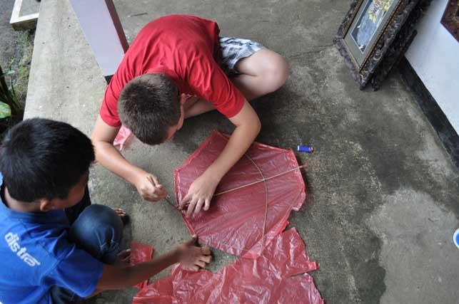 activit s pour les r sidents au village de keliki. Black Bedroom Furniture Sets. Home Design Ideas